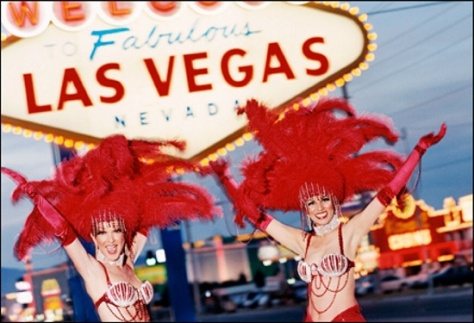 Las Vegas sign & showgirls