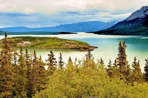 CAN YT Yukon_River_-c[1]