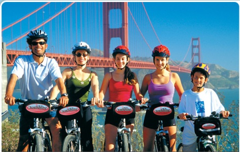 sfo cyclists by Golden gate bridge.jpg