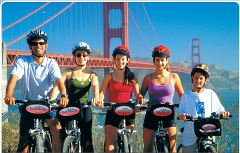 sfo cyclists by Golden gate bridge.jpg